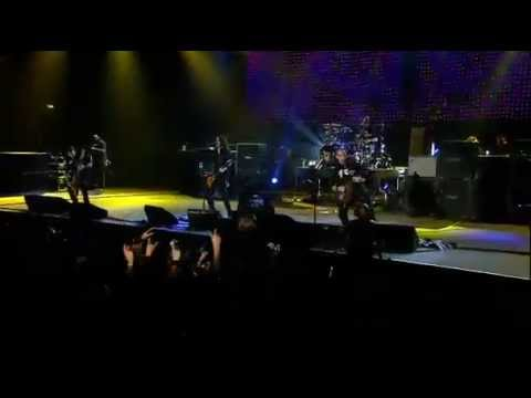 Alter Bridge - Slip to the void Live At Wembley (HQ)