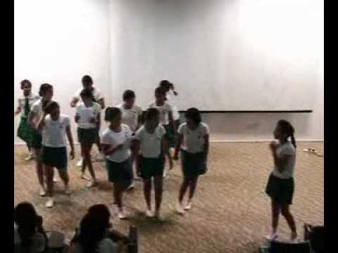 WhatsAbd - St Margaret Primary School Speech & Drama 2010 (Primary 6 Performance)