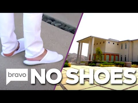DO NOT Wear Shoes In Tracy Tutor's New Listing | Million Dollar Listings: LA Highlights (S12 Ep5)