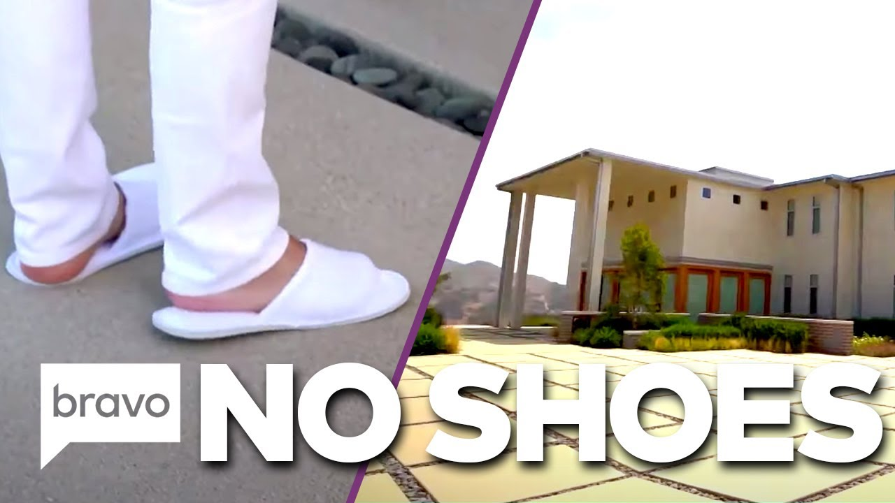 DO NOT Wear Shoes in Tracy Tutor's Listin | Million Dollar Listings: LA Highlights (S12 Ep5)