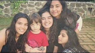 Shahrukh Khan With Family 2016