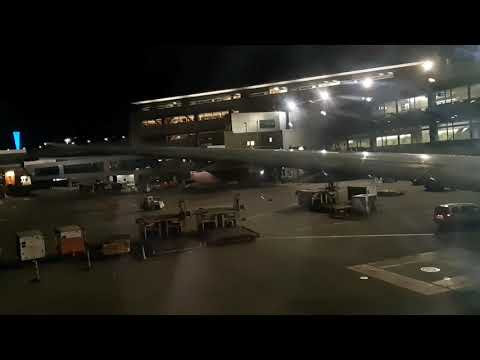 United Airlines UA863: San Francisco (SFO) To Sydney (SYD) Full Flight