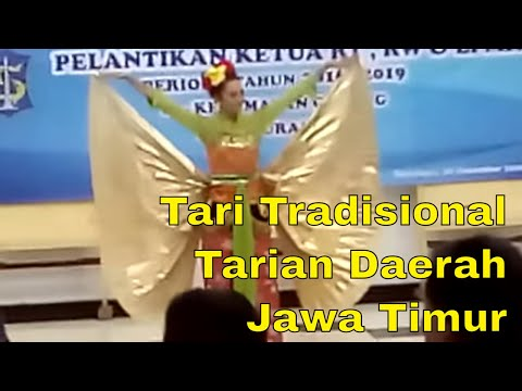 Traditional Dance - Dance East Java - In the event Inaugural Chairman of RT, RW, LPMK