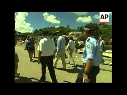 Australian FM tours scene of riots in Solomon Isles capital