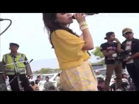 Via Vallen Terbaru - Mendem Kangen Live Nguling Pasuruan