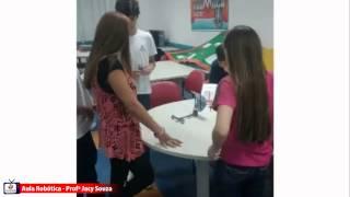 Aulas de robótica com a Profª Jacy Souza
