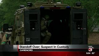 Suspect apprehended in Carencro standoff, KATC 6 pm LIVE update