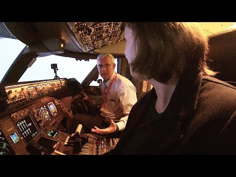 So you want to fly a 747? There's a flight simulator for that