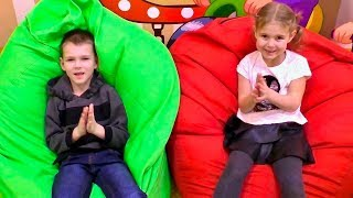 Clap Your Hands Song for Kids Indoor Playground Family fun Детская площадка