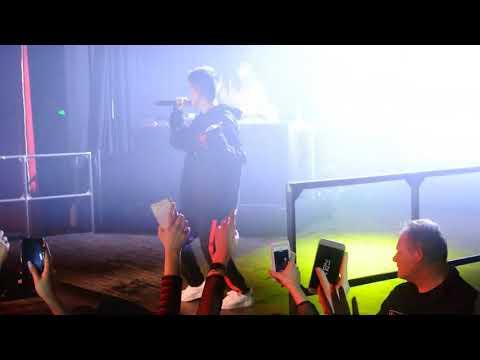 Rich Brian (Rich Chigga) - Glow Like Dat Live In Berlin