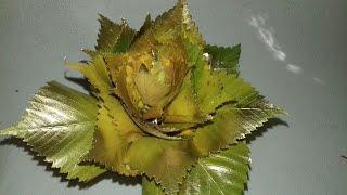 Цветок из осенних  листьев.  Поделки на осеннюю тему.Розы из осенних листьев.Просто и быстро.