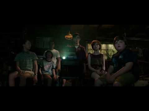 """Stephen King's """"It"""" Trailer - New York Jets - Horror Film"""