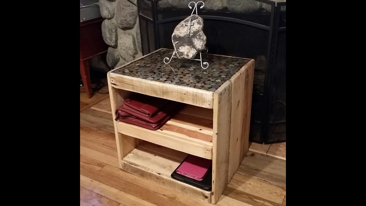 DIY on How to make a pallet table with a coin or penny top