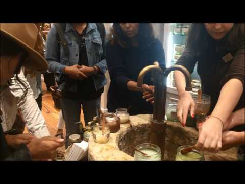 Barcelona Genuine Shops Tour - Reach that corner of the city only locals know