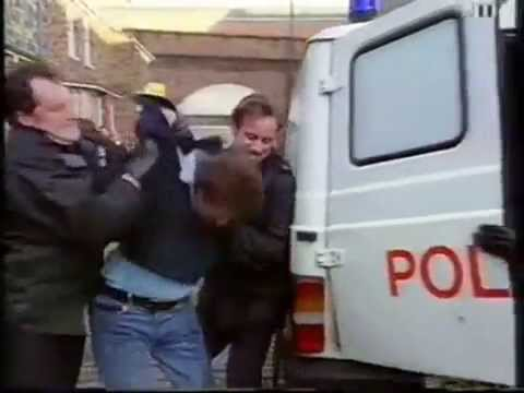 Coronation Street - Jim McDonald Breaks Into The House To Get Liz