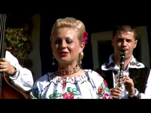 Ioana Pricop si Dragos Nistor - Freamata de flori castanii