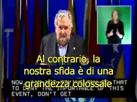 Uruguay presidente Mujica in Rio+20 discorso (sottotitoli in italiano corretto)