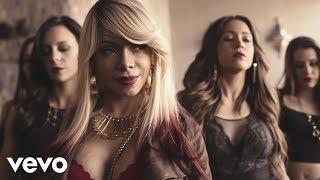 Смотреть клип La Materialista - Buenísima