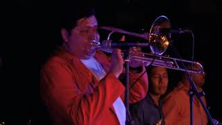 Banda Los Nuevos Santa Rosa - El Papayón ????????     EN VIVO