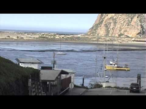 CALIFORNIA TSUNAMI Tidal Wave Surge retreat in Morro Bay 3-11-2011
