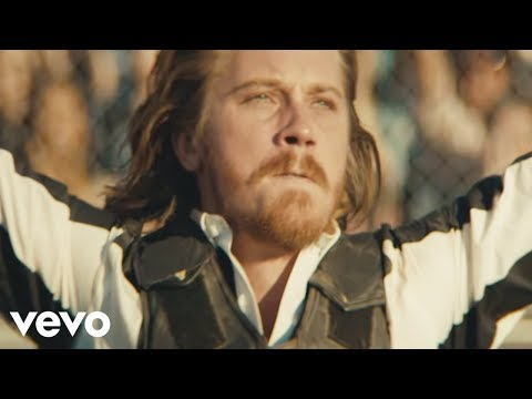 Kings Of Leon - Beautiful War (Official Music Video)