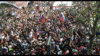 Избиение ОМОНом на акции 12 июня в Москве на Тверской
