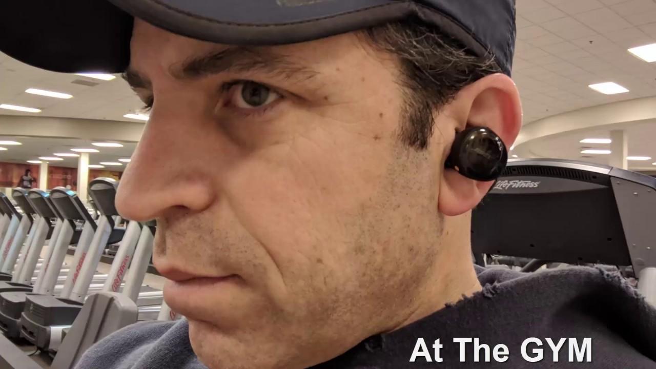 1c29230e62e092 Bose SoundSport Free Wireless Headphones Call Quality Examples - YouTube