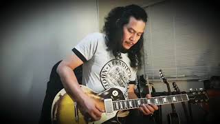 Iwan-fantasia musim cinta....gitar karok