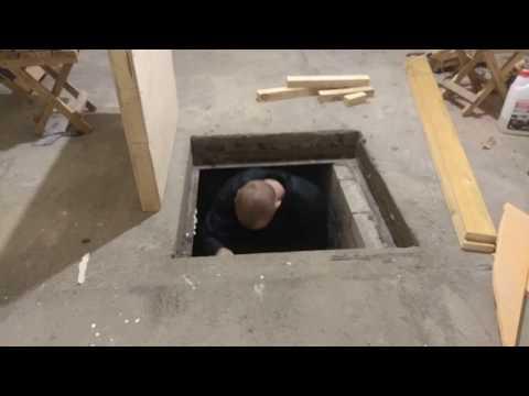 Как утеплить люк погреба