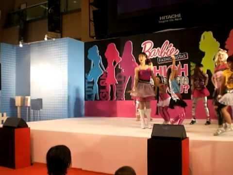 Talent Avenue Do the Barbie Dance!