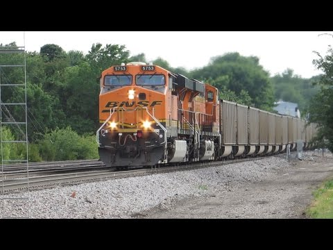 HD: Crossroads of the BNSF Railway: Trains of The Springfield Division
