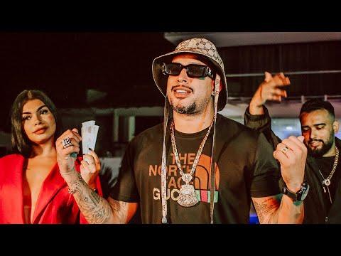 MC Tikão :: Ao vivo no palco da Roda de Funk em Duque de Caxias (RJ) :: 16 anos