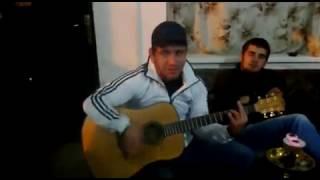 ДоккА,на гитаре))