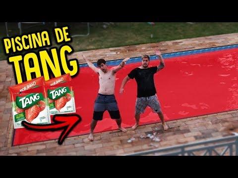MINHA PISCINA DE TANG DE MORANGO!! [ REZENDE EVIL ]