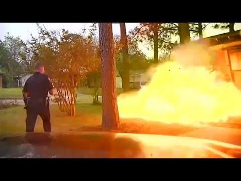 شاهد: انفجار منزل في وجه الشرطي  - نشر قبل 3 ساعة