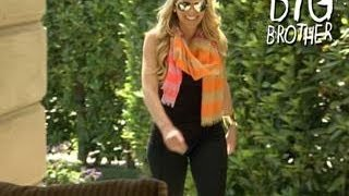 Big Brother - Aaryn Apologizes to Helen and Candice