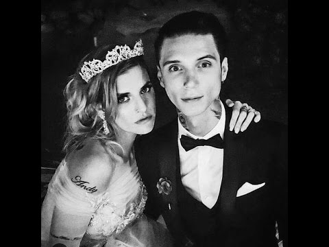 Andy Biersack and Juliet Simms are Married! - YouTube