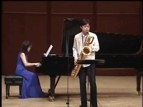 TKWO Yasuto Tanaka playing Czardas on Baritone Sax