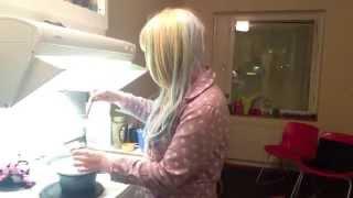 Mint and Misa make cakepops! Thumbnail