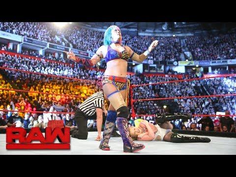 Asuka vs. Stacy Coates: Raw, Nov. 6, 2017