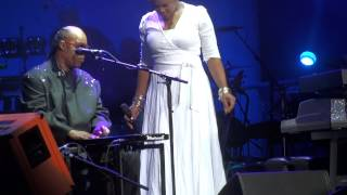"""Ngiculela - Es Una Historia"" Stevie Wonder & India Arie@Wells Fargo Center Philadelphia 11/16/14"