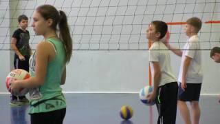 """Урок по программе """"Волейбол"""" в 6 классе"""