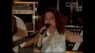 Gloria Estefan - Abriendo Puertas (Live in Guantanamo 1995)