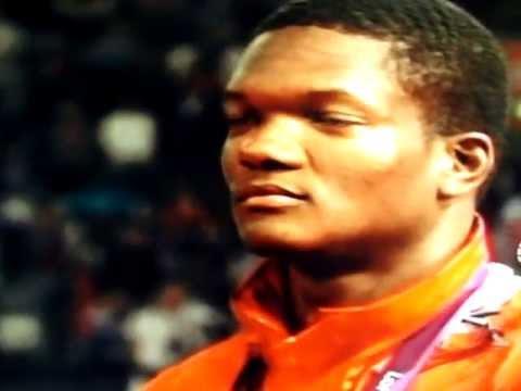 KESHORN WALCOTT WINS GOLD FOR TRINIDAD & TOBAGO IN MEN'S JAVELIN AT LONDON 2012 OLYMPIC GAMES