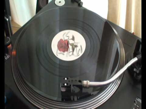 soundman ft don Lloydie and elizabeth troy.love greater..