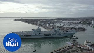 HMS Queen Elizabeth returns to Portsmouth ahead of Christmas