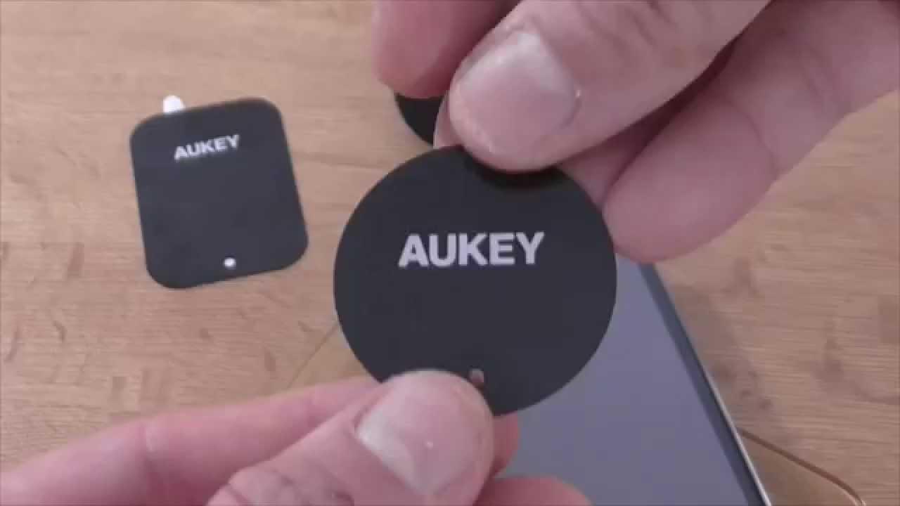 6cfbccce0b9 Soporte Magnético de móvil para coche Aukey - YouTube