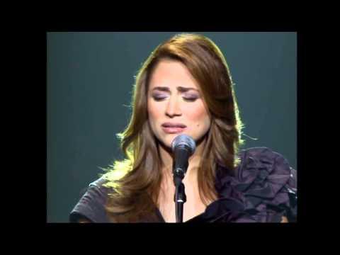 Julia Boutros khalas Intahayna (Live) جوليا بطرس خلص انتهينا