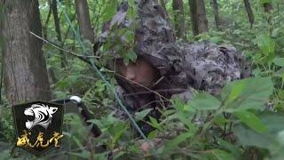 直击解放军王牌山地部队雨夜渗透,丛林迷彩罕见曝光|军迷天下