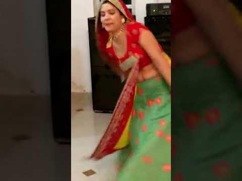 Sara Rara Ghume Re Ghume Ri Tera Ghagra